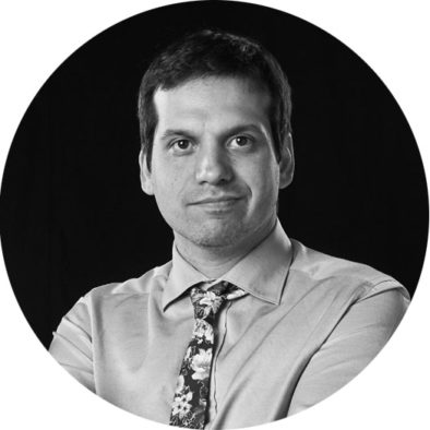 nihal engin vrana founder CEO Spartha Medical Device Strasbourg Alsace Innovation startup Coatings Antimicrobial Anti-inflammatory Personalised Implants Nosocomial Infections Antibiotic substitutes peri-implantitis infected wound care hospital surgery